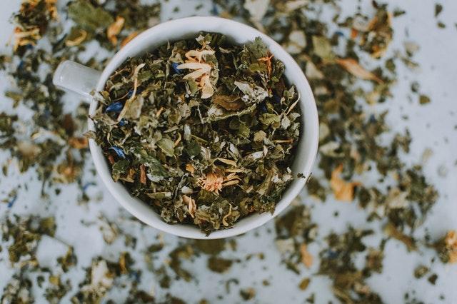 Zastosowanie gorzkiej herbaty na żołądek