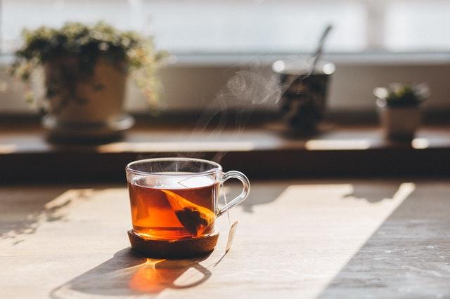 Jak wybrać dobrą herbatę na prezent?