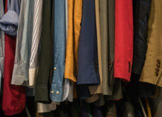 Jak zaprojektować pojemną i funkcjonalną szafę?